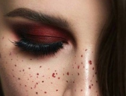 آموزش آرایش ساده و زیبا برای شب یلدا